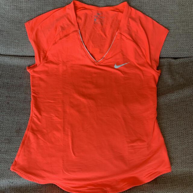 NIKE(ナイキ)のNIKE Tシャツ ピュアトップ M スポーツ/アウトドアのテニス(ウェア)の商品写真