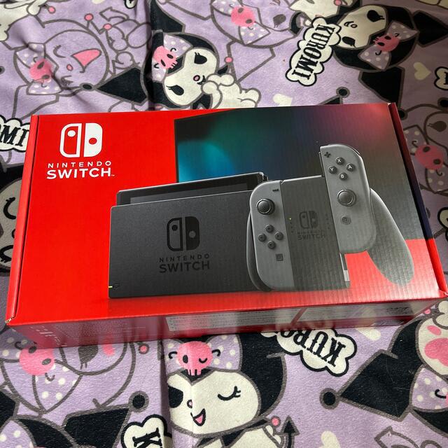 Nintendo Switch(ニンテンドースイッチ)のNintendo Switch 本体 新型 新品未使用 任天堂 スイッチ グレー エンタメ/ホビーのゲームソフト/ゲーム機本体(家庭用ゲーム機本体)の商品写真