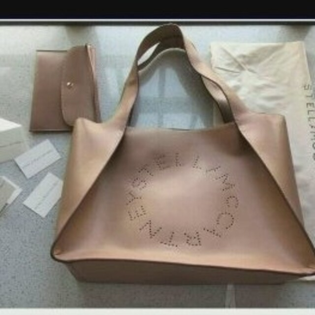 Stella McCartney(ステラマッカートニー)の新品 ステラマッカートニー トート バック ピンクベージュ 多部未華子さん愛用 レディースのバッグ(トートバッグ)の商品写真