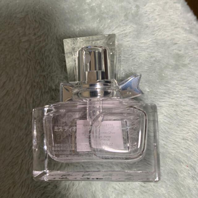 Dior(ディオール)のミスディオール ミニ香水 コスメ/美容の香水(香水(女性用))の商品写真