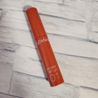 セザンヌケショウヒン(CEZANNE(セザンヌ化粧品))のラクマ内最安値! セザンヌ ウォータリーティントリップ 01(口紅)