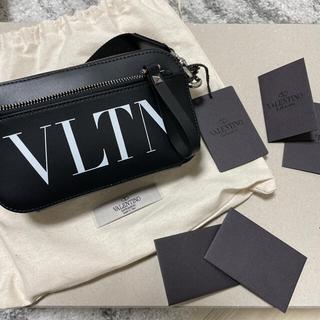 ヴァレンティノ(VALENTINO)の新品未使用 valentino 21ss VLTN レザー スモール ショルダー(ショルダーバッグ)