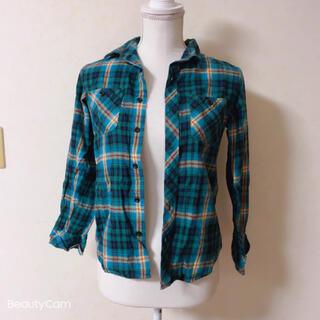 ジーユー(GU)のGU☆チェックシャツ(ブラウス)