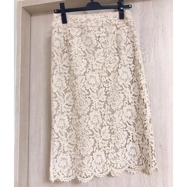 IENA(イエナ)のIENA レースタイトスカート ナチュラル 36 レディースのスカート(ひざ丈スカート)の商品写真