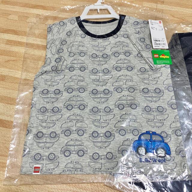 UNIQLO(ユニクロ)の【新品】ユニクロ LEGO コラボ 半袖 Tシャツ 2枚 100 キッズ/ベビー/マタニティのキッズ服男の子用(90cm~)(Tシャツ/カットソー)の商品写真