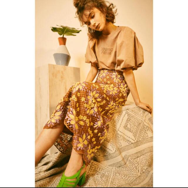 Lily Brown(リリーブラウン)のリリーブラウン ボリューム袖 Tシャツ cosmic prism レディースのトップス(Tシャツ(半袖/袖なし))の商品写真