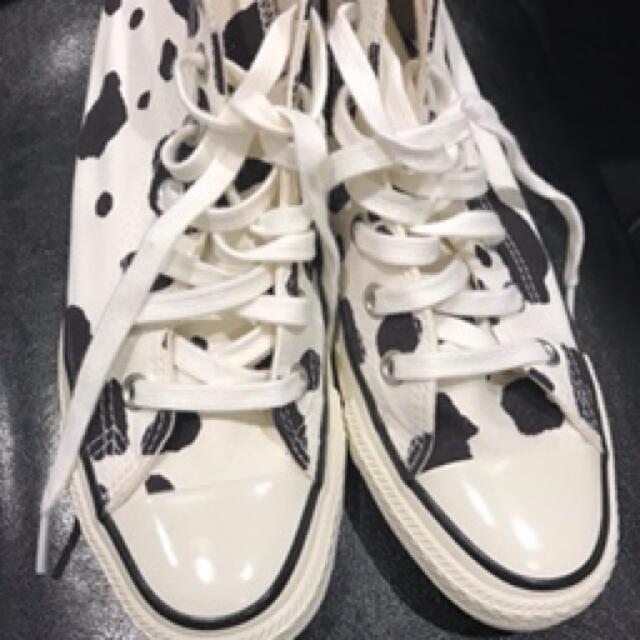 CONVERSE(コンバース)のconverse 牛柄 ハイカット レディースの靴/シューズ(スニーカー)の商品写真