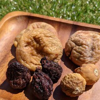 ドライフルーツ いちじく 140g トルコ アメリカ 大粒 小粒 黒いちじく(菓子/デザート)