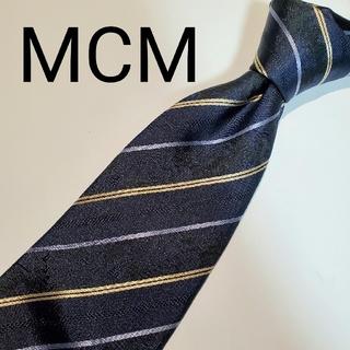 エムシーエム(MCM)の【美品】MCM エムシーエム レジメンタル ネクタイ スーツ ビジネス メンズ(ネクタイ)
