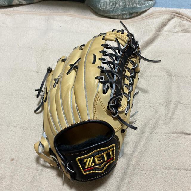 ZETT(ゼット)のzett  プロステイタス 軟式外野手用 スポーツ/アウトドアの野球(グローブ)の商品写真