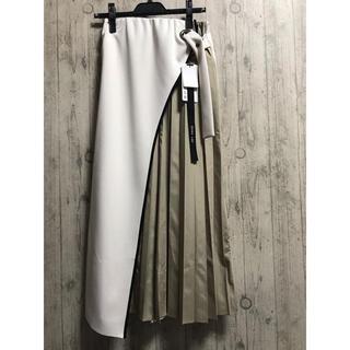 新品タグ付き 今期春物 エイミーロウサイドプリーツ ボンディング ロングスカート