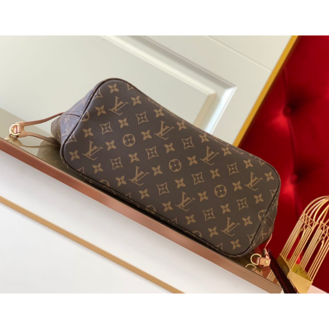 LOUIS VUITTON(ルイヴィトン)の美品 ルイヴィトン バック ネヴァーフルMM ピヴォワンヌ レディースのバッグ(トートバッグ)の商品写真