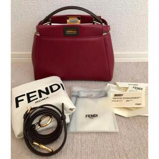 FENDI - 【極美品】FENDI フェンディ ミニ ピーカブー ショルダー バッグ