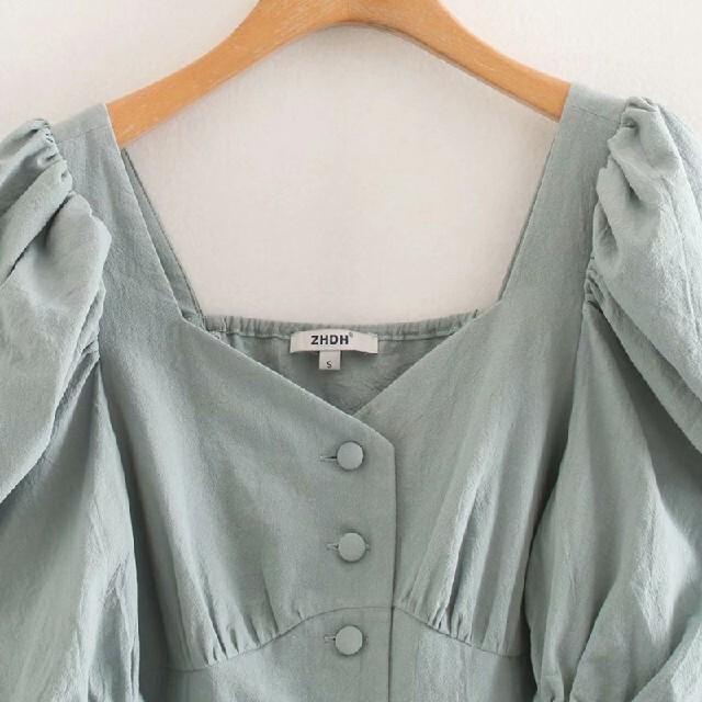 ZARA(ザラ)のパフスリーブ ボタン ブラウス レディースのトップス(カットソー(半袖/袖なし))の商品写真
