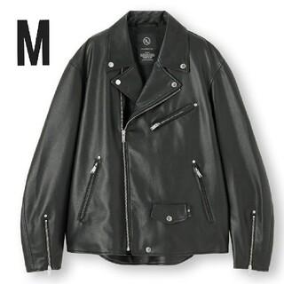 ジーユー(GU)のsae様専用 GU アンダーカバー フェイクレザージャケット M(ライダースジャケット)