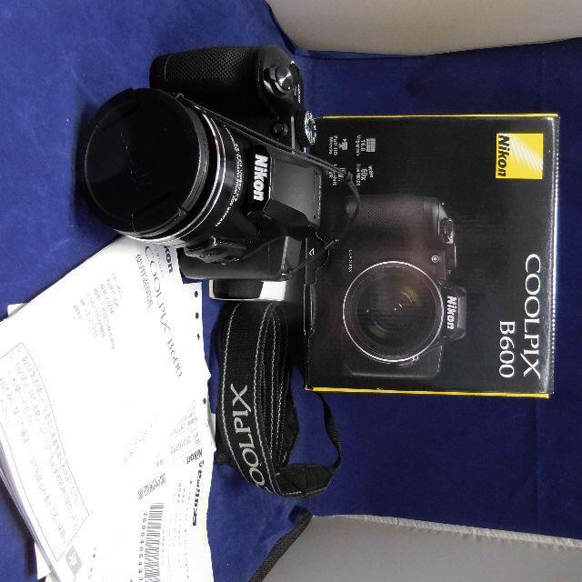 Nikon(ニコン)のニコン B600 保証残あり 互換バッテリーx2 フィルタおまけあり Nikon スマホ/家電/カメラのカメラ(コンパクトデジタルカメラ)の商品写真