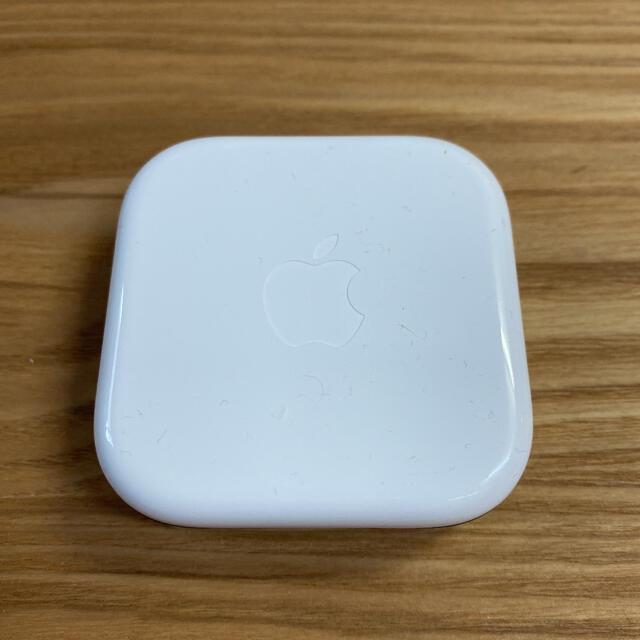 Apple(アップル)の【新品・未使用】iPhone 純正 イヤホン+おまけ スマホ/家電/カメラのオーディオ機器(ヘッドフォン/イヤフォン)の商品写真