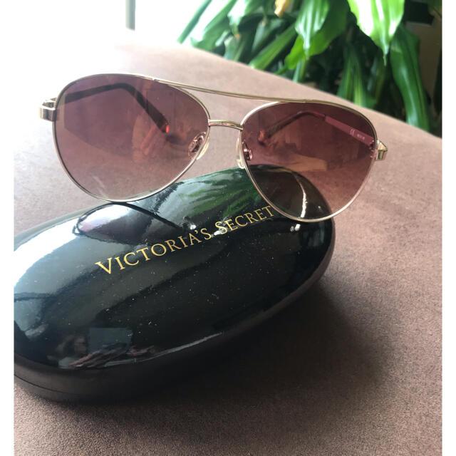Victoria's Secret(ヴィクトリアズシークレット)のヴィクトリアシークレットサングラス レディースのファッション小物(サングラス/メガネ)の商品写真