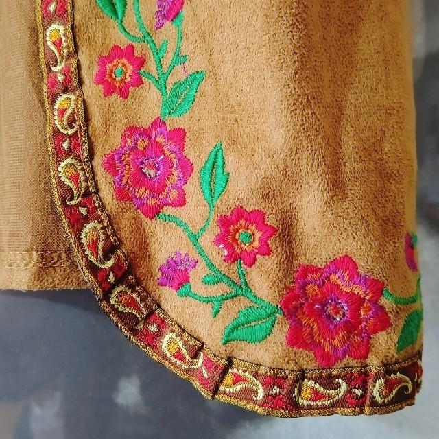 titicaca(チチカカ)のsale!! チチカカ 花刺繍ベスト キッズ/ベビー/マタニティのキッズ服女の子用(90cm~)(その他)の商品写真