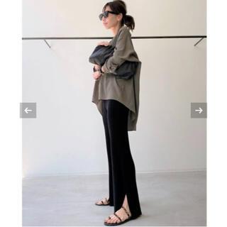 アパルトモンドゥーズィエムクラス(L'Appartement DEUXIEME CLASSE)のL'Appartement アパルトモン Slit Knit Pants パンツ(カジュアルパンツ)