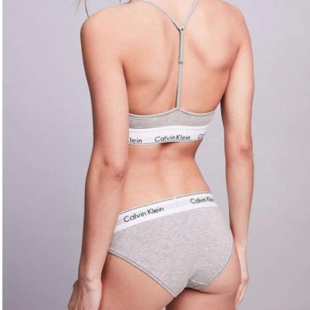 Calvin Klein(カルバンクライン)の☆新品未使用☆Calvin Kleinモダンコットン上下セットパット付き  レディースの下着/アンダーウェア(ブラ&ショーツセット)の商品写真