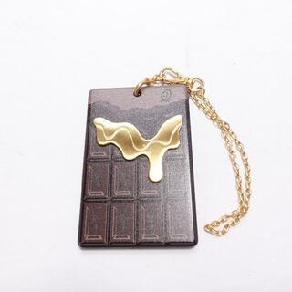 Q-pot. - Q-POT チョコレートICカードケース レディース ブラウン