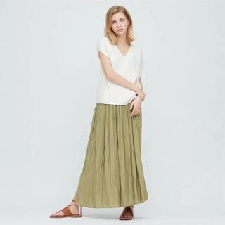 UNIQLO - UNIQLO ワッシャーサテンスカートパンツ