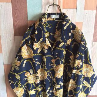 アートヴィンテージ(ART VINTAGE)の古着 KUTSUROGI 総柄シャツ スカーフ柄 ポリエステル M  (シャツ)