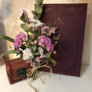 ミニ ピンク スターチスとユーカリのスワッグ 母の日 プレゼントに添えて(ドライフラワー)
