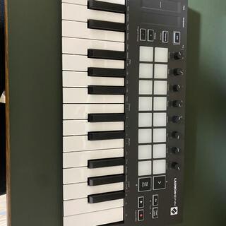 NOVATION MIDI Launchkey Mini MK3(MIDIコントローラー)