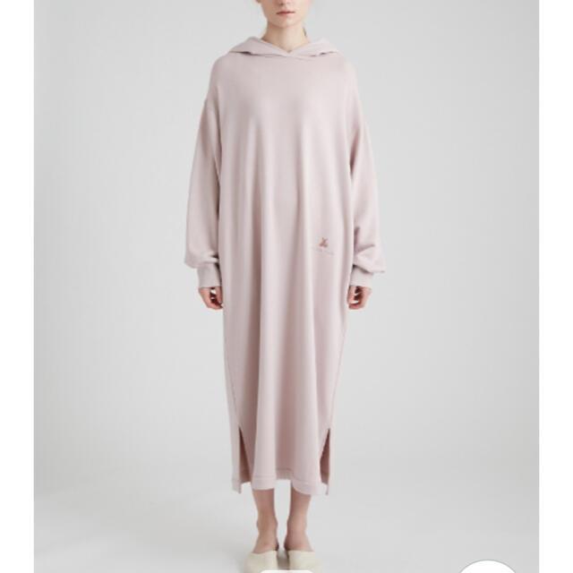gelato pique(ジェラートピケ)のジェラートピケ   今季ベア刺繍裏毛フードドレス ワンピース レディースのルームウェア/パジャマ(ルームウェア)の商品写真