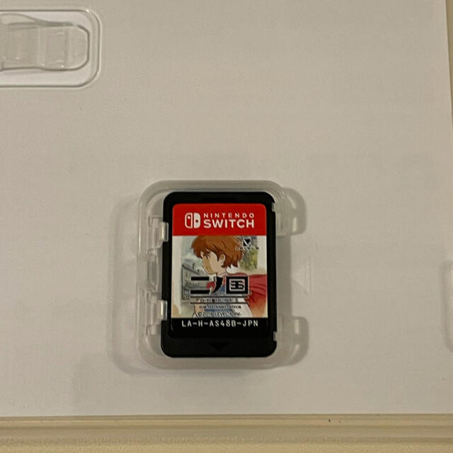 Nintendo Switch(ニンテンドースイッチ)の二ノ国 白き聖灰の女王 for Nintendo Switch Switch エンタメ/ホビーのゲームソフト/ゲーム機本体(家庭用ゲームソフト)の商品写真