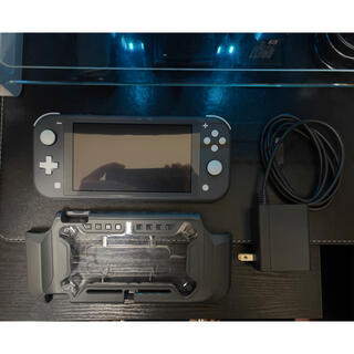 ニンテンドウ(任天堂)のNintendo Switch Lite グレー(家庭用ゲーム機本体)