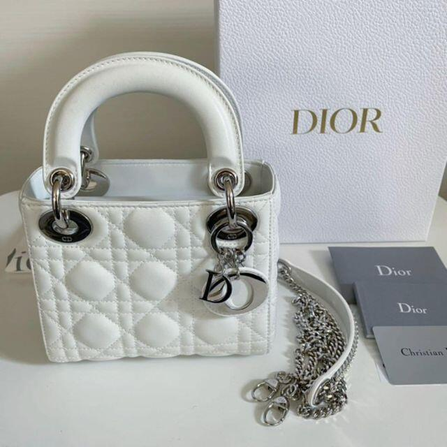 Christian Dior(クリスチャンディオール)のレディディオール ホワイト シルバー金具 レディースのバッグ(ハンドバッグ)の商品写真