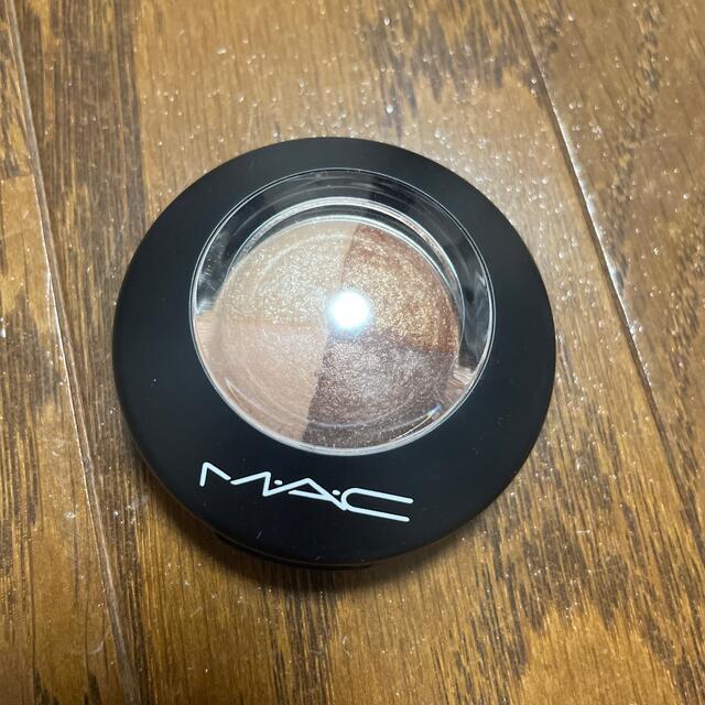 MAC(マック)のMAC ミネラライズアイシャドウ ブロンズ アセッツ コスメ/美容のベースメイク/化粧品(アイシャドウ)の商品写真
