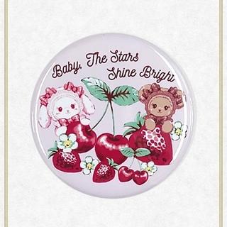 ベイビーザスターズシャインブライト(BABY,THE STARS SHINE BRIGHT)の【新品】くみゃちゃんのいちごとさくらんぼ缶バッジ(ピンク)(その他)