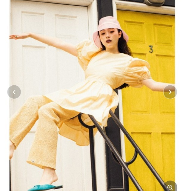 little sunny bite(リトルサニーバイト)のリトルサニーバイト Nylon shirring pants レディースのパンツ(カジュアルパンツ)の商品写真