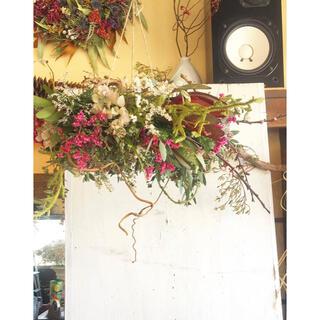 〜和の花材で製作、山桜をイメージしたフライングリース〜○ドライフラワーリース(リース)
