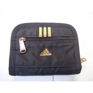 adidas - adidasの二つ折り財布!。