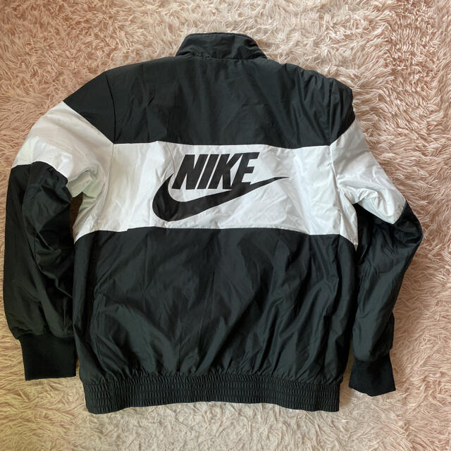 NIKE(ナイキ)のNIKE ナイキ ナイロンジャケット★Lサイズ メンズのジャケット/アウター(ナイロンジャケット)の商品写真