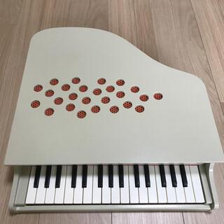 ヤマハ(ヤマハ)のカワイ おもちゃ ミニピアノ アイボリー 白 木製(楽器のおもちゃ)