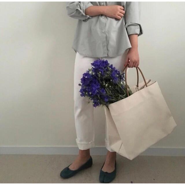 TODAYFUL(トゥデイフル)のシンプルナチュラル キャンバストート 白 きなり ホワイト 生成り 大容量 レディースのバッグ(トートバッグ)の商品写真