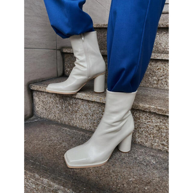 Ameri VINTAGE(アメリヴィンテージ)のUNDRESSED DIMENSIONAL SQUARE BOOTS レディースの靴/シューズ(ブーツ)の商品写真