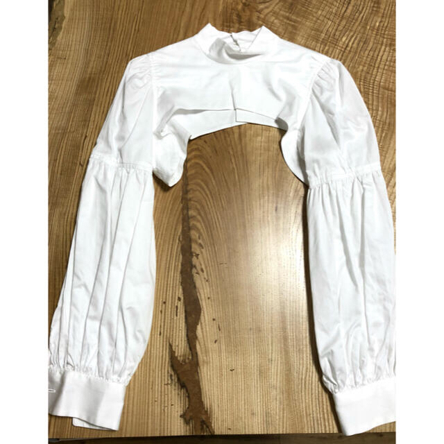 COMME des GARCONS(コムデギャルソン)の5/11まで⭐︎ ノワールケイニノミヤ クロップドシャツ レディースのトップス(シャツ/ブラウス(長袖/七分))の商品写真
