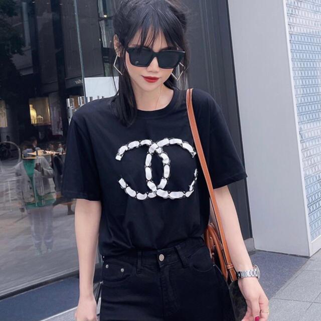 CHANEL(シャネル)の新品・未使用 Tシャツ ccマーク CHANEL シャネル トップス ロゴ 黒 レディースのトップス(Tシャツ(半袖/袖なし))の商品写真
