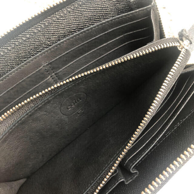極美品☘ebagos エバゴス☘型押しキップ ストラップ付 ファスナー 長財布 レディースのファッション小物(財布)の商品写真