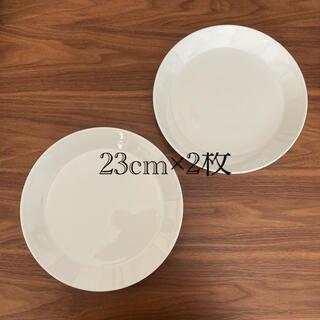イッタラ(iittala)の美品 ティーマ 23cmプレート(ホワイト)2枚セット(食器)