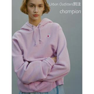 ロンハーマン(Ron Herman)の新品Urban Outfitters別注 Championチャンピオン パーカー(パーカー)