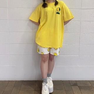 プニュズ(PUNYUS)のプニュズ フードサガラ刺繍T レモン柄(Tシャツ(半袖/袖なし))