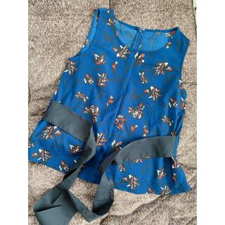 クリア(clear)のclear ウエストリボン 花柄ノースリーブブラウス(シャツ/ブラウス(半袖/袖なし))